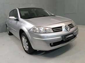 Renault Megane 1.6 DYNAMIQUE 16V 4P MANUAL